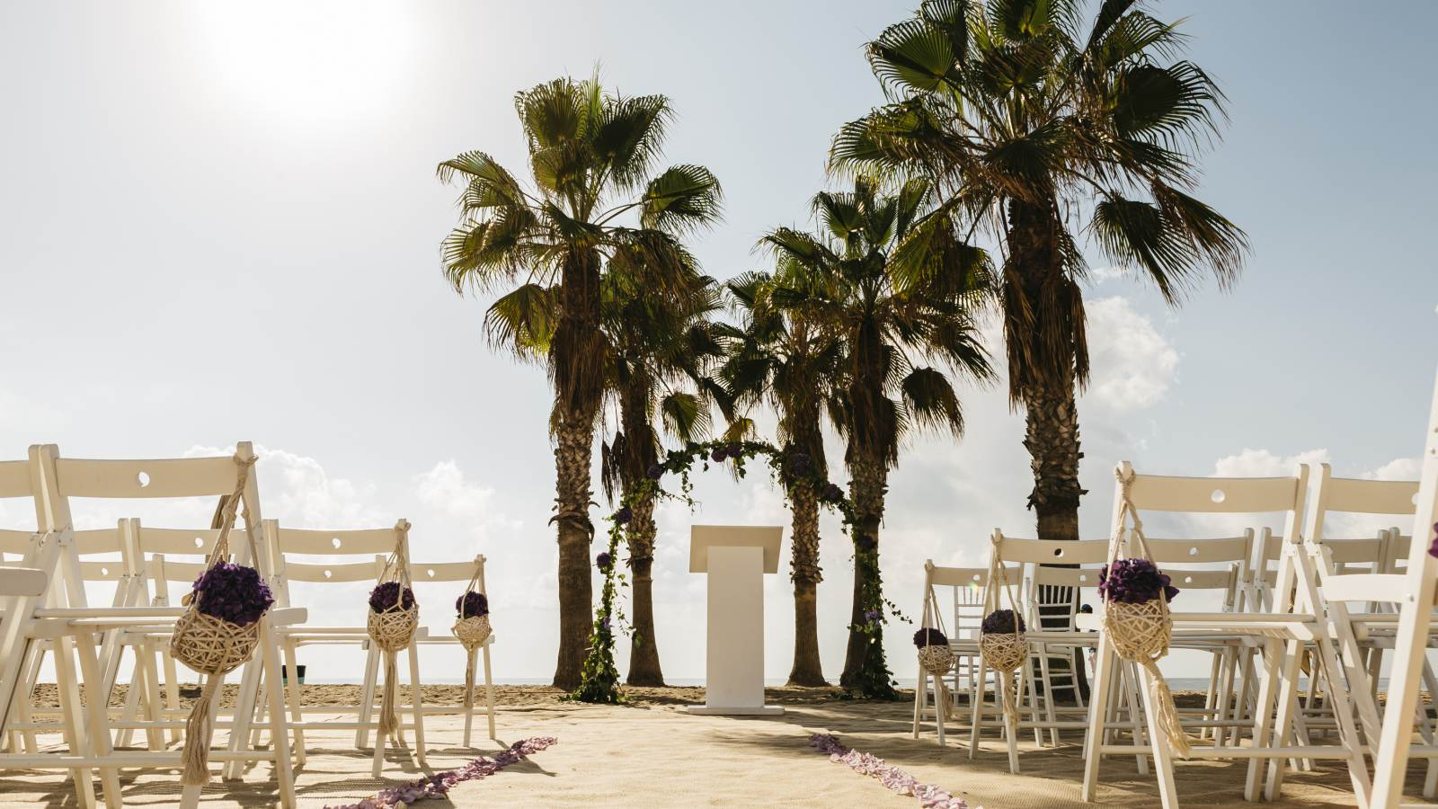 Beach weddings in Barcelona Spain at Le Meridien Ra