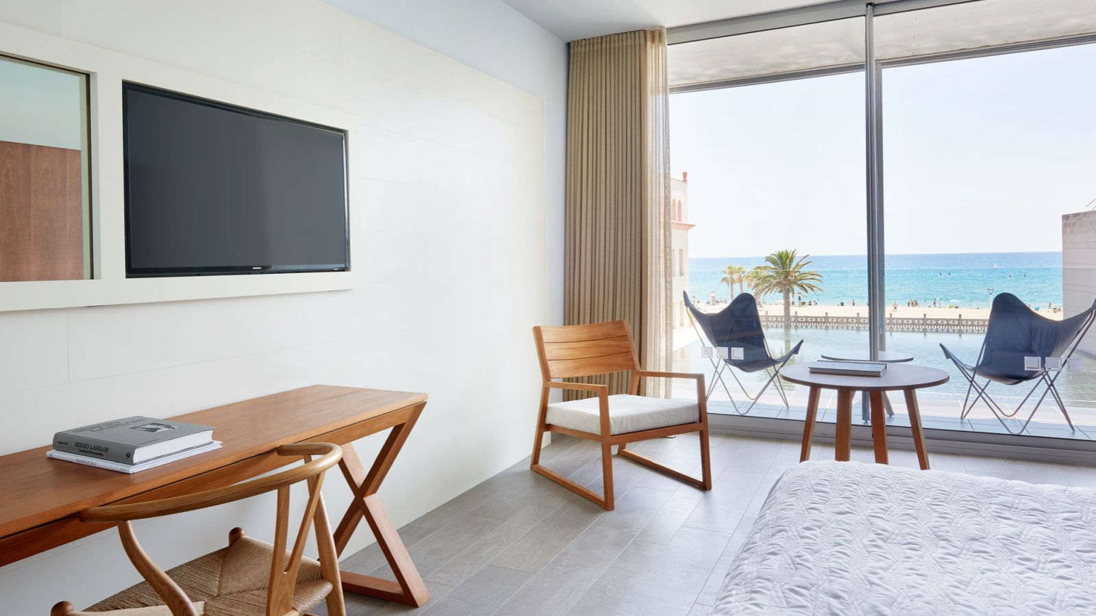 Premium room with sea views in Catalunya